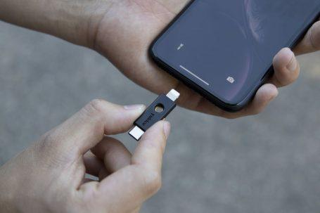 Google Hesaplarınız Artık NFC, USB-C ve Lightning Güvenlik Anahtarlarıyla Çalışabilir