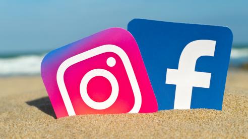 Facebook İnstagram Kullanıcılarını İzlemekle Suçlanıyor