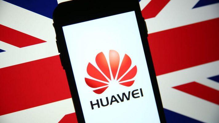 Huawei İngiltere'de Yasaklanıyor