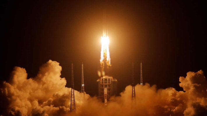 Çin robotik insansız uzay aracını fırlattı